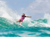 Roxy Pro Gold Coast Rips Through Round 1 of Competition