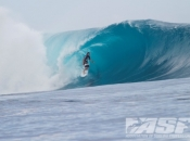 World's Best Light Up Pumping Cloudbreak for Day 1 Volcom Fiji Pro