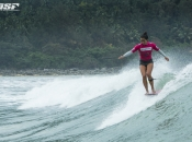 Pulsing Pointbreak Riyue Bay Produces On Day One of the Swatch Girls Pro China
