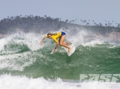 World Championship Tour Update: Roxy Pro Biarritz with Justine Dupont