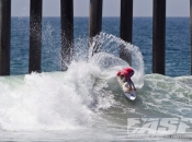 Lakey Peterson Wins 2012 Nike US Open of Surfing Over Carissa Moore