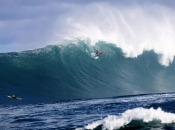 Billy Kemper wins historic wsl big wave tour event at Pe'ahi Challenge