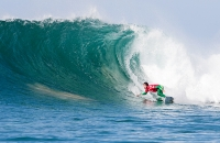 De Souza Leads World's Best To Supertubes for WSL J-Bay Open